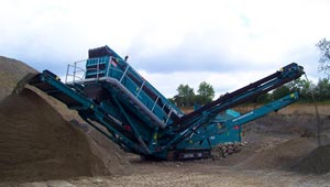 Powerscreen Chieftain 1700 Track