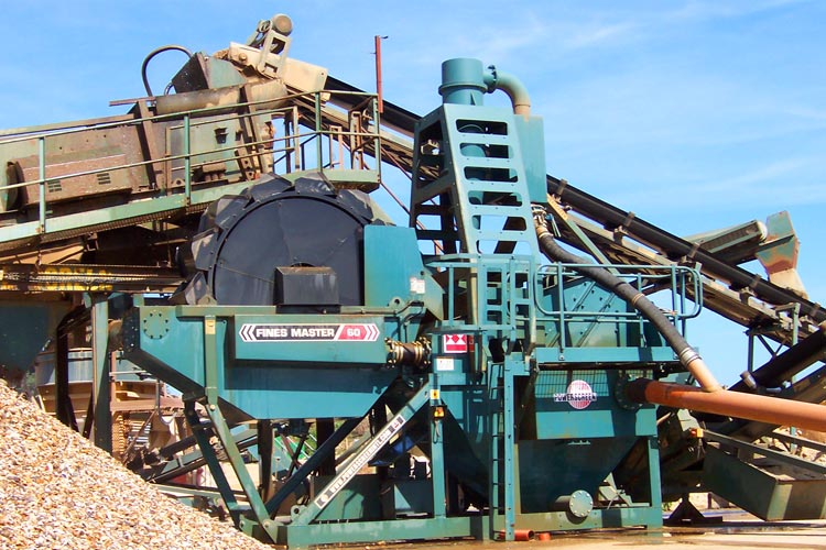 Powerscreen Finesmaster 60